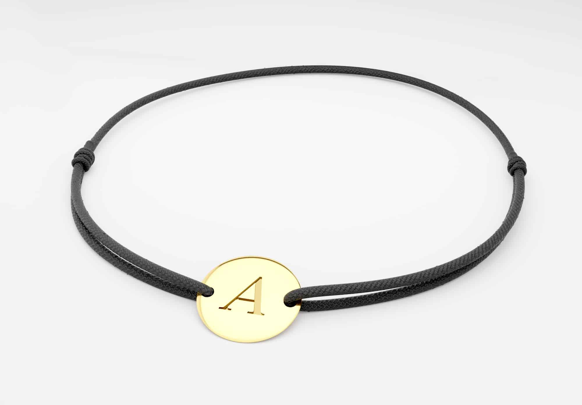 Bracelet cordon médaille