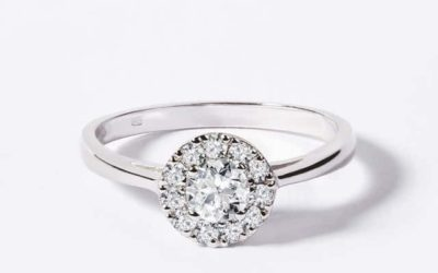 Bague-diamant-or-blanc-18-carats-bague-diamant-entourage