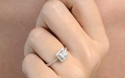 Solitaire-diamant-princesse-entourage-diamant-or-blanc-18-carats(3)