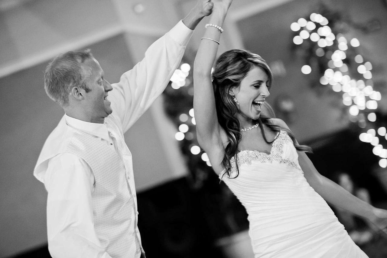 Collier de mariage assorti aux accessoires de mariage