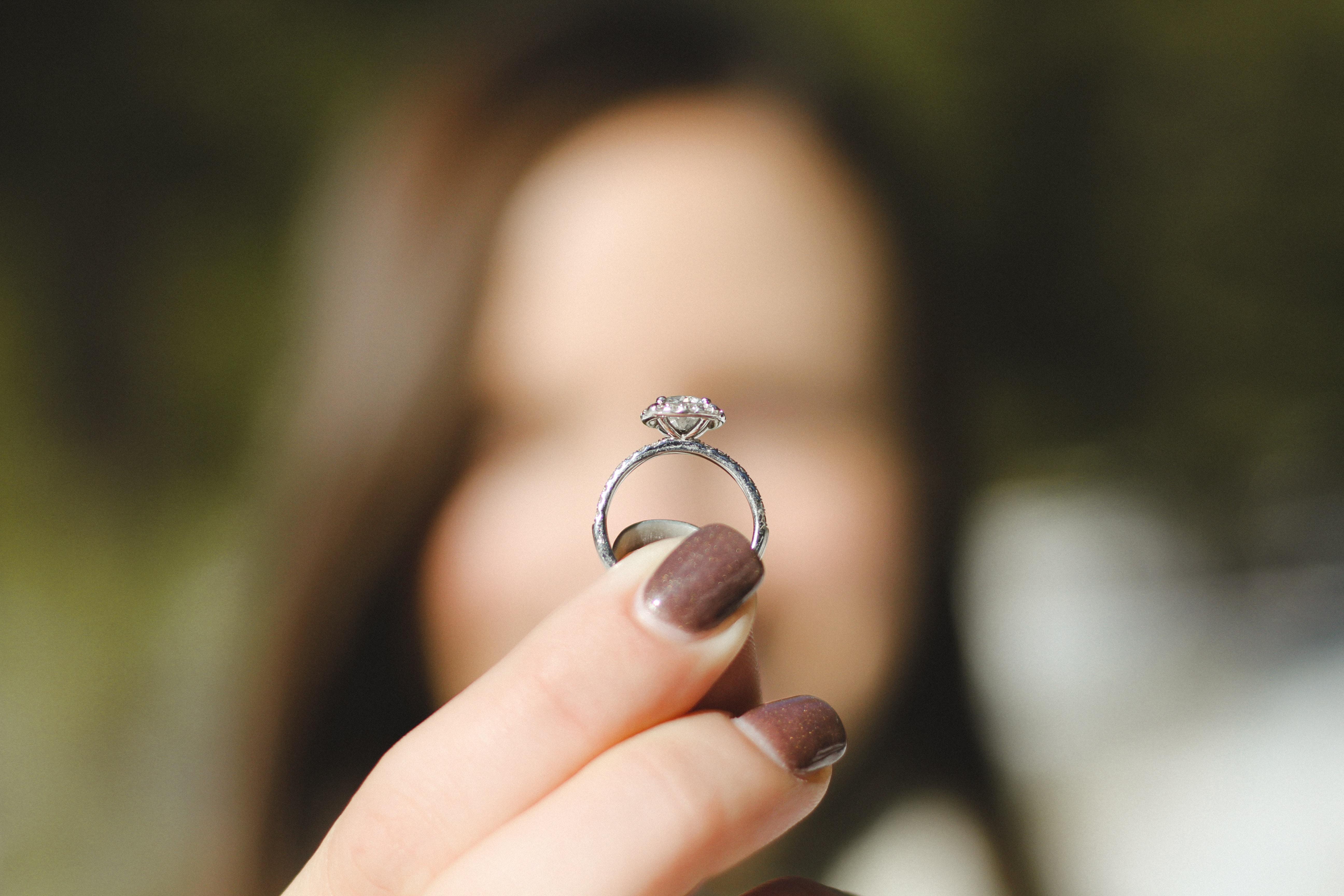 Entretien d'une bague diamant