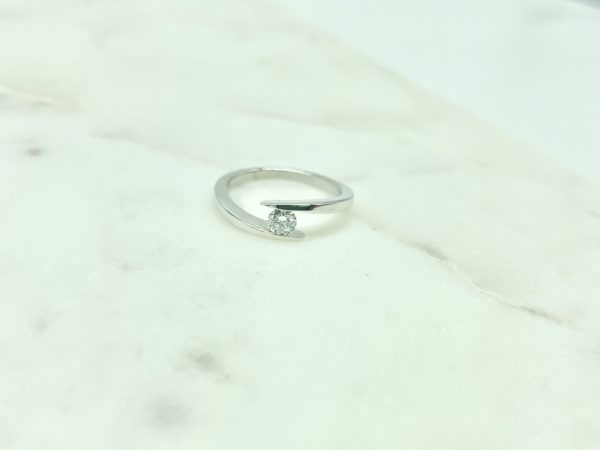 solitaire-pince-diamant-rond